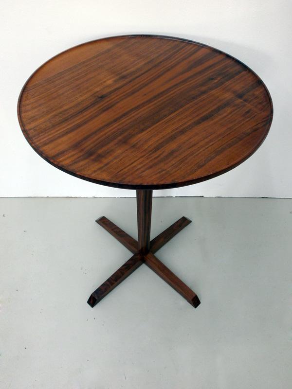 sven klinkerfuss beistelltisch nussbaum. Black Bedroom Furniture Sets. Home Design Ideas