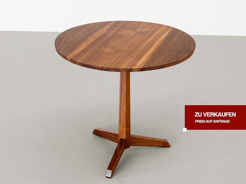 sven klinkerfuss beistelltisch nussbaum rund ge lt. Black Bedroom Furniture Sets. Home Design Ideas