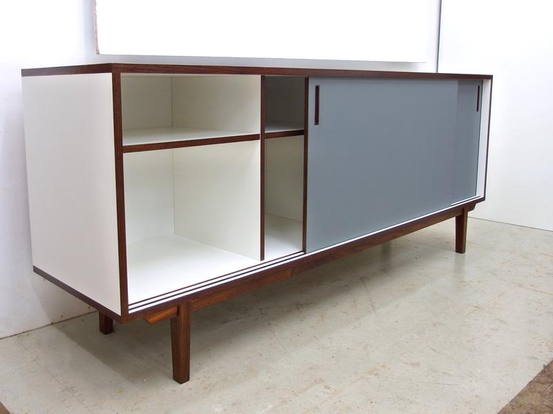 03_sideboard_linoleum_grau