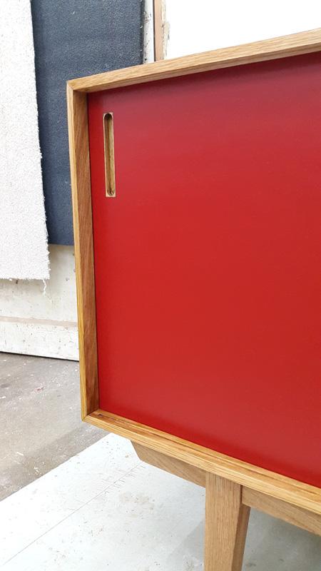 03_sideboard_linoleum_rot